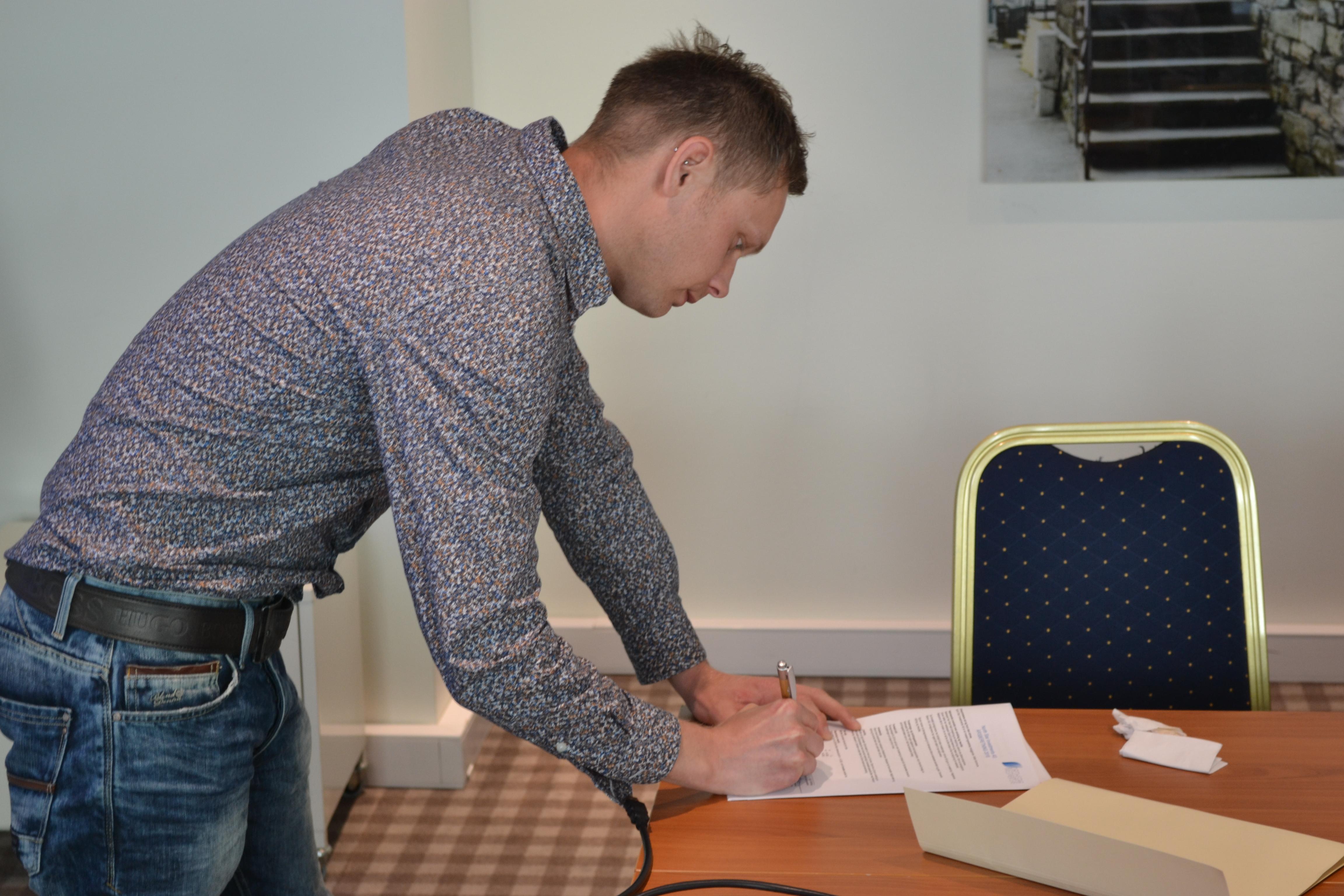 Signering Frank